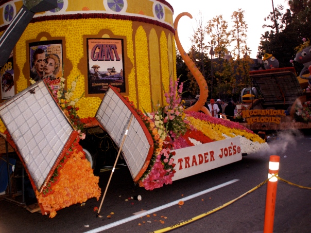 Typical Rose Parade float