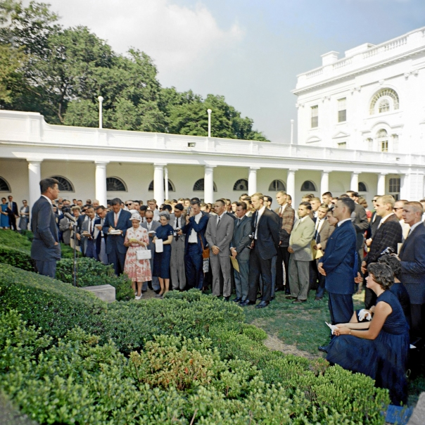 President Kennedy welcomes new Peace Corps volunteers to White House in 1961