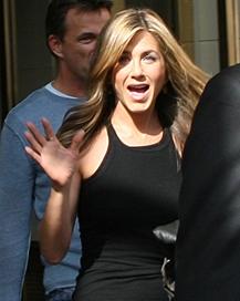 Jennifer Aniston (Credit: gdecgraphics)